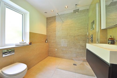 Light Coloured Washroom_RenoQuotes.com