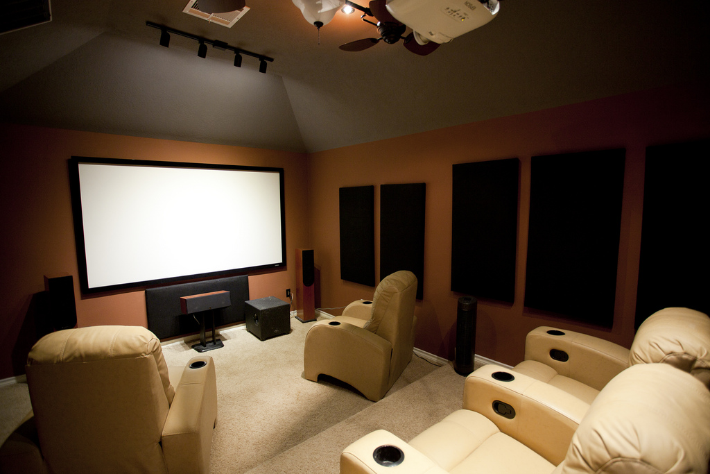 salle de cinema chez soi une salle de cinema chez soi f v 2014 le cin ma chez soi le cin ma. Black Bedroom Furniture Sets. Home Design Ideas